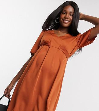Mama Licious Mamalicious v neck smock dress in brown