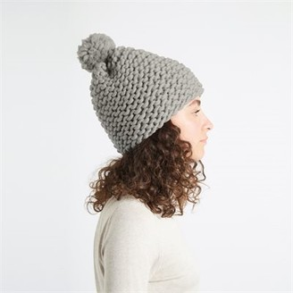 Wool & The Gang Diy Knitting Kit Happy Daze Beanie Grey