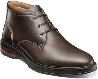 Florsheim Astor Plain Toe Chukka Boot - Wide Width Available