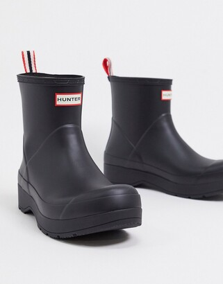 Hunter play short wellington boots in Black