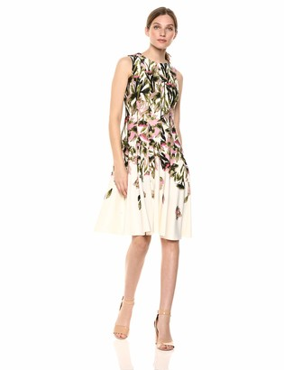 Gabby Skye Women's Sleeveless Round Neck Floral Print Fit and Flare Dress