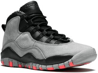 Nike Kids TEEN Air Jordan 10 Retro (GS) cool grey