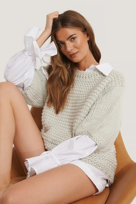 NA-KD Detail Neck Short Sleeve Sweater