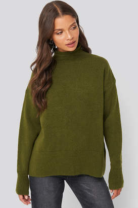 NA-KD Turtleneck Oversized Knitted Sweater Beige