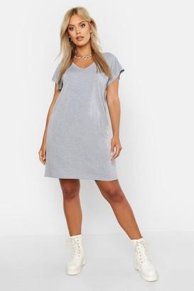 boohoo Plus Basic V Neck Key Hole Detail T-Shirt Dress