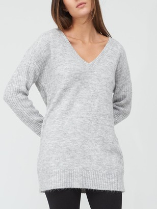 Very V Neck Cable Side Detail Tunic - Grey