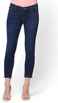 New York & Co. Soho Jeans - Capri Legging - Blue Hustle Wash
