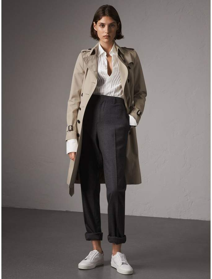 Burberry The Chelsea - Long Trench Coat , Size: 10, Beige