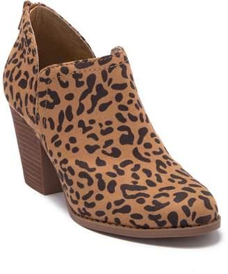 Carlos by Carlos Santana Carmin Leopard Print Block Heel Ankle Boot
