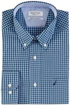 Nautica Classic Fit Wrinkle Resistant Wind Gingham Shirt