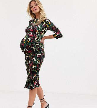 Queen Bee Maternity velvet short sleeve dress in contrast leopard print