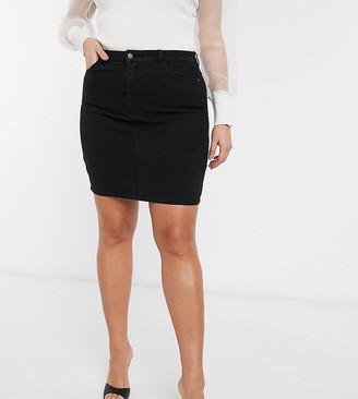 Vero Moda Curve denim skirt in black