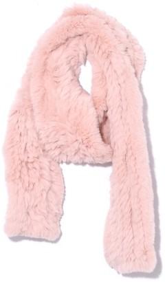 Yves Salomon Knitted Rabbit Scarf in Bouton de Rose
