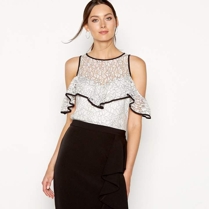 Debut - Ivory Lace Frill 'Lizzie' Sleeveless Top