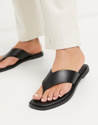 New Look leather toe thong flat sandal in black