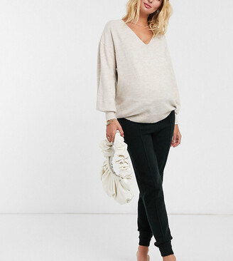 ASOS DESIGN Maternity knitted jogger