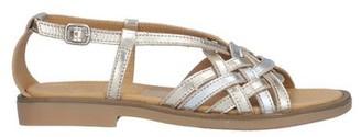 Momino Sandals