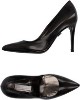 Schumacher Pumps