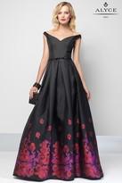 Alyce Paris - 6671 Long Dress In Black Red