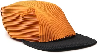 Homme Plissé Issey Miyake Pleated Two-Tone Cap