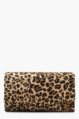 boohoo Structured Leopard Envelope Clutch Bag & Chain