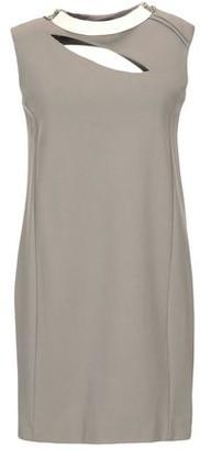 SHI 4 Short dress
