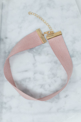 The Mint Julep Boutique Going My Own Way Choker, Pink