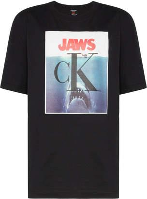 Calvin Klein jaws t-shirt black