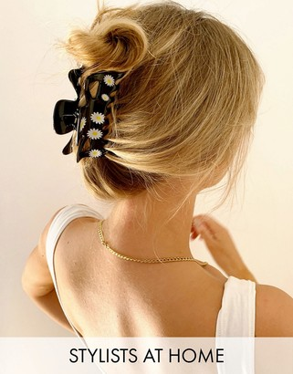 ASOS DESIGN hair clip with daisy print in black