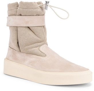 Fear Of God Ski Lounge Boots in Bone | FWRD