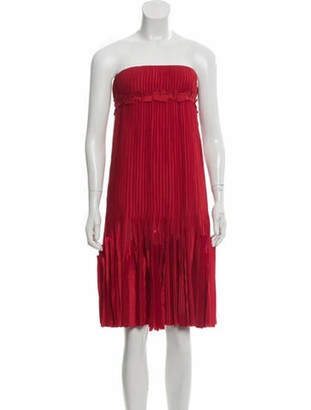 Oscar de la Renta Strapless Pleated Dress