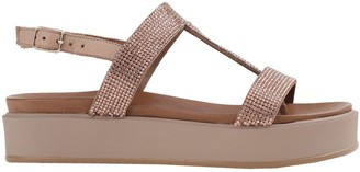 Inuovo Toe strap sandals