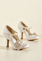 Ruby Shoo Chimerical Caper Mary Jane Heel in Champagne in 37