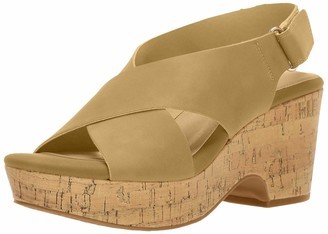 Chinese Laundry Women's Chosen Wedge Sandal Nude Nubuck 7 M US