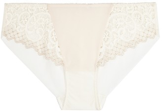 Wacoal Essential Lace-trimmed Briefs