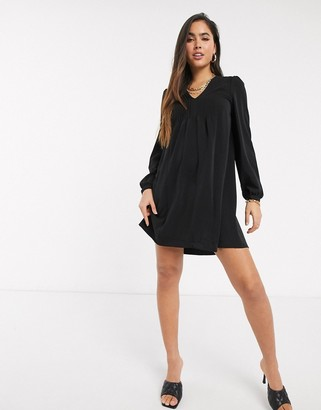 Vero Moda v neck swing dress in black