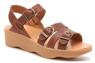 Famolare Honey Bunny Wedge Sandal