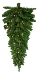 "Northlight 42"" Pre-Lit Canadian Pine Artificial Christmas Teardrop Swag - Clear Lights"