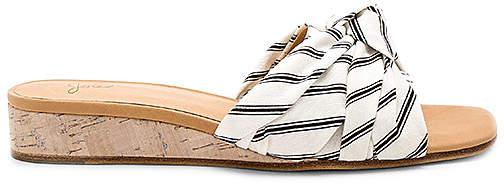Joie Fabrizia Sandal