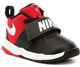 Nike Boys Team Hustle D 8 Basketball Shoes