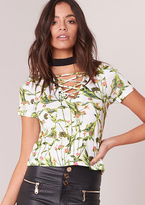 Missy Empire Elsie White And Green Floral Lace Up Top