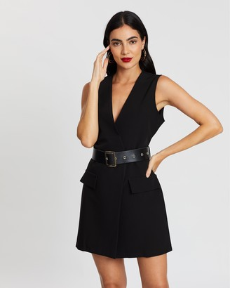 boohoo Sleeveless Contrast Belted Blazer Dress
