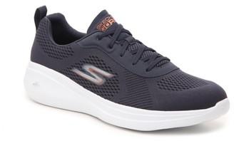 Skechers Go Run Fast Quake Sneaker - Men's