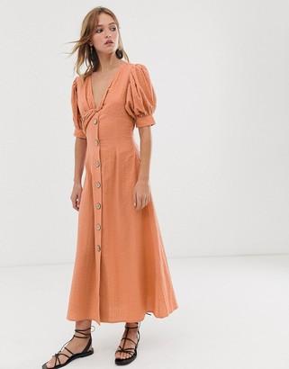 Asos Design DESIGN button through twist front maxi tea dress in seersucker-Beige