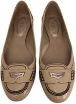 Tod's Beige Patent leather Ballet flats