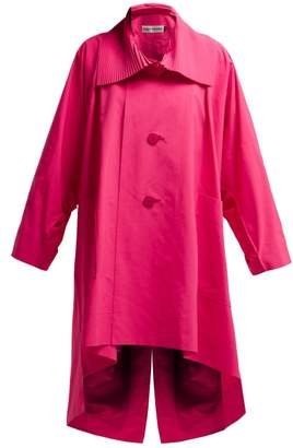 Issey Miyake Oversized Pleated-collar Canvas Overcoat - Womens - Pink