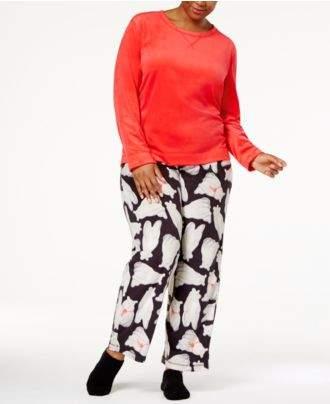 Hue Plus Size Sueded Fleece Top & Printed Pants with Socks Pajama Set
