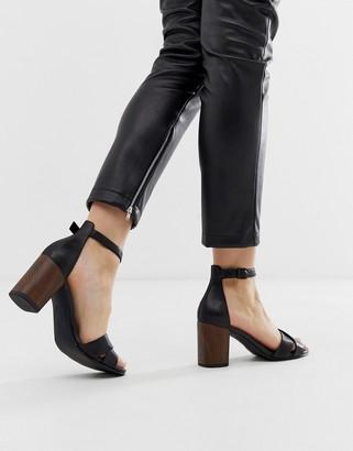 Vagabond carol black leather crossover heeled sandals