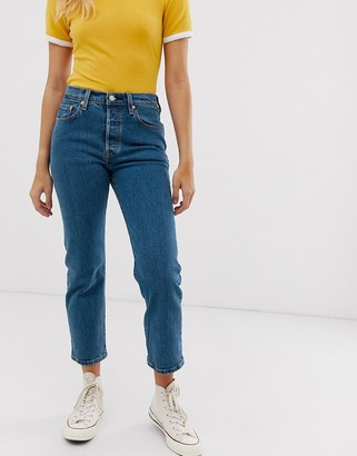 Levi's 501 crop jean in stonewash blue