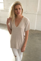 Joah Brown - Classic V Neck In Oatmeal